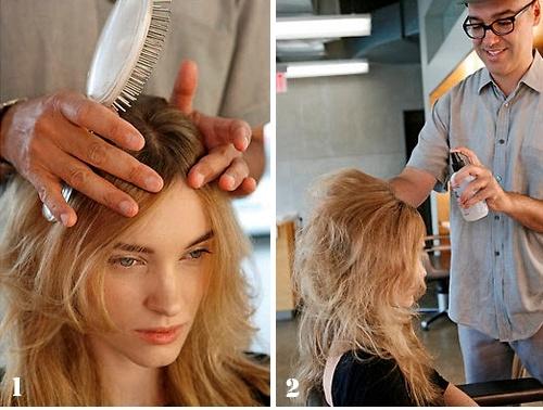 Девушке делают начёс